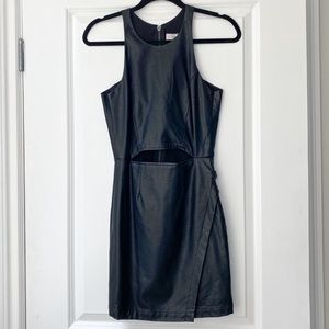 Dolce Vita Black Cut Out Dress W/Side Clasp Detail